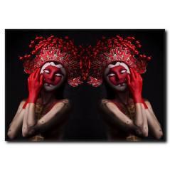 Kırmızı Maskeli Kadın Kanvas Tablo WM-1012