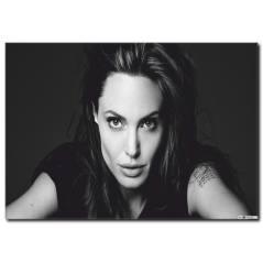 Siyah Beyaz Angelina Jolie Tablosu UN1075