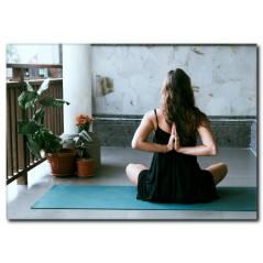 Yoga Yapan Kadın Kanvas Tablo